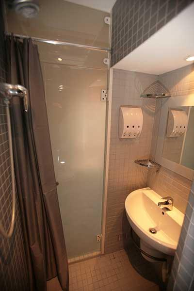 Ah Paris vacation apartment 138 - sdb2