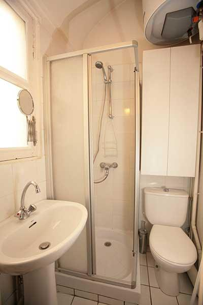 Ah Paris vacation apartment 152 - sdb