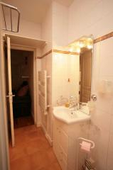 Ah Paris vacation apartment 207 - sdb2