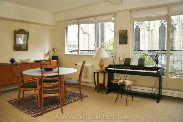 Ah Paris vacation apartment 230 - sam2