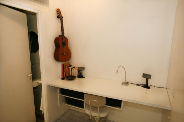 Ah Paris vacation apartment 247 - bureau