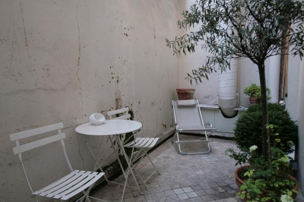 Ah Paris vacation apartment 247 - terrasse