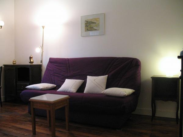 Ah Paris vacation apartment 272 - salon