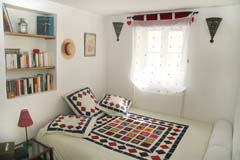 Ah Paris vacation apartment 275 - chambre