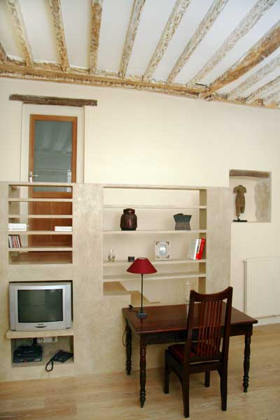 Ah Paris vacation apartment 321 - salon3