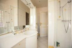 Ah Paris vacation apartment 324 - sdb2