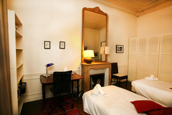 Ah Paris vacation apartment 338 - chambre2_4
