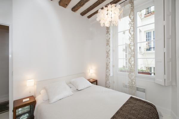 Ah Paris vacation apartment 344 - chambre2