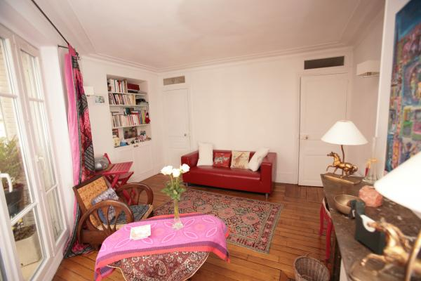 Ah Paris vacation apartment 365 - salon3