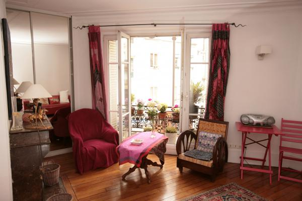 Ah Paris vacation apartment 365 - salon5