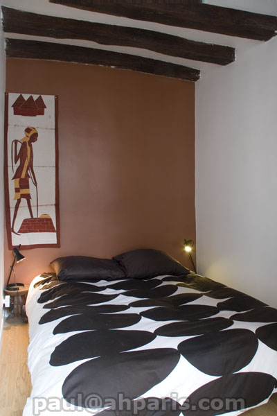 Ah Paris vacation apartment 390 - chambre