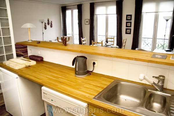 Ah Paris vacation apartment 394 - cuisine2