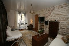 Ah Paris vacation apartment 80 - salon2