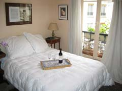 Ah Paris vacation apartment 82 - chambre1