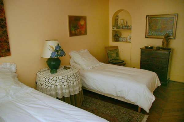 Ah Paris vacation apartment 82 - chambre2_2