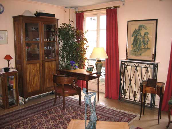 Ah Paris vacation apartment 82 - salon2